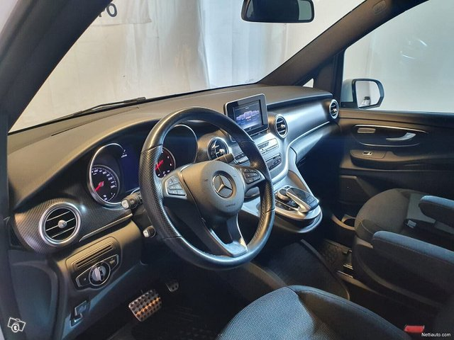 Mercedes-Benz V 7