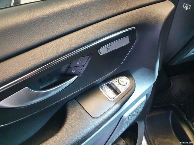 Mercedes-Benz V 10