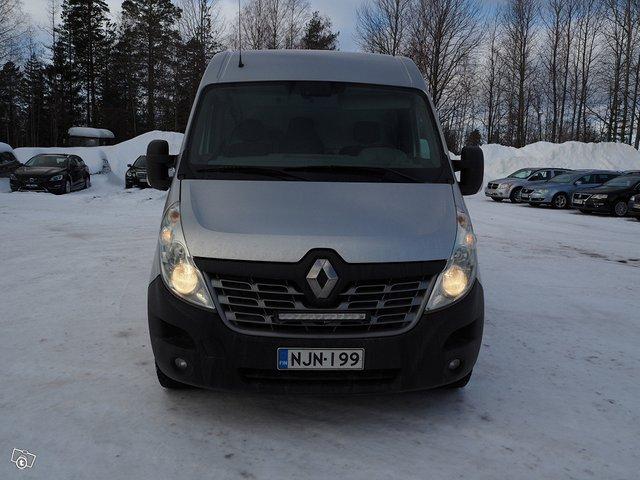 Renault Master 8