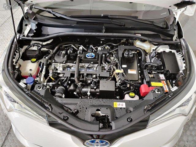 Toyota C-HR 15