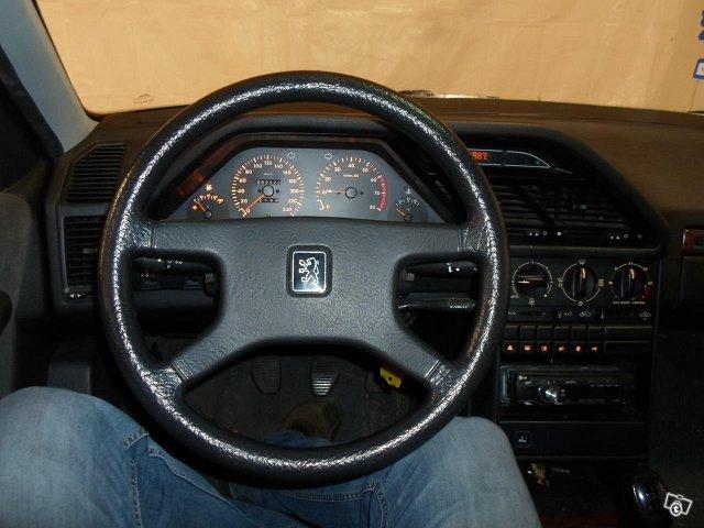 Peugeot 605 5