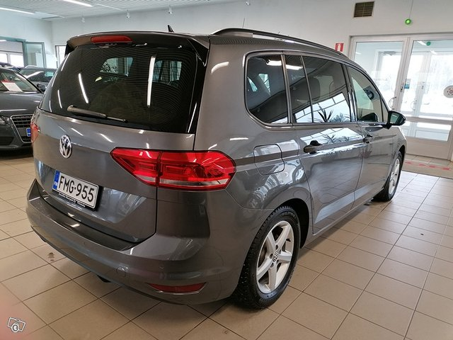 Volkswagen, VW TOURAN 4