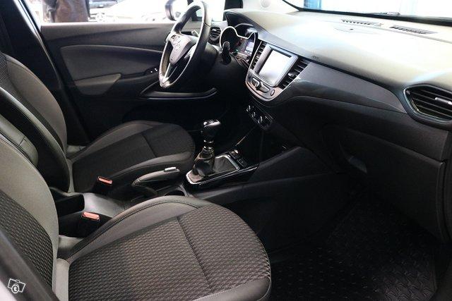 Opel Crossland X 13