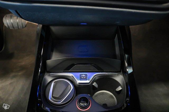 BMW 118I 10