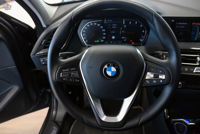 BMW 118I 12
