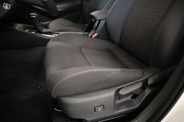 Suzuki Swace 20