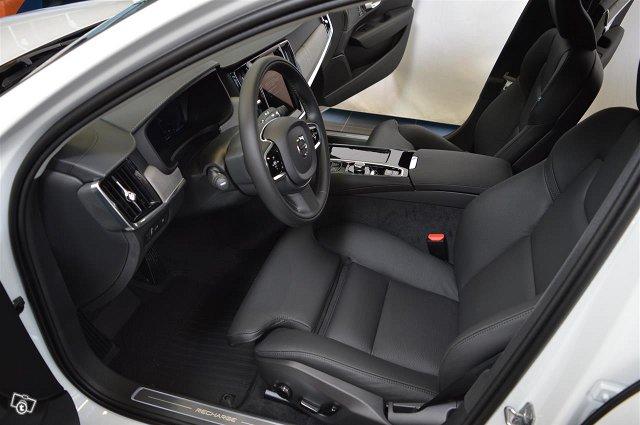 Volvo S90 6