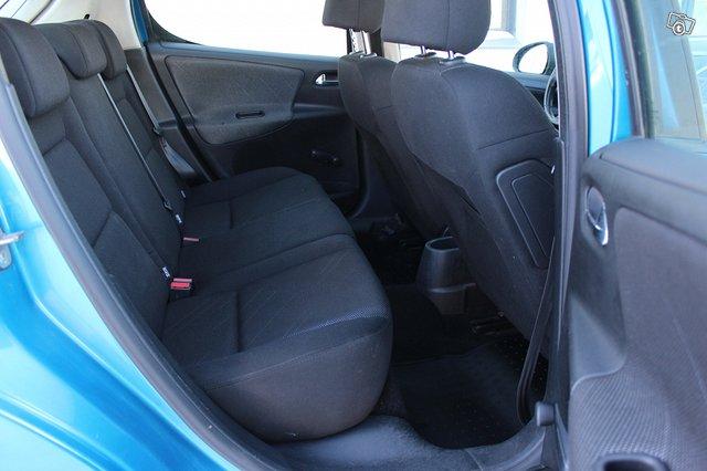 Peugeot 207 11