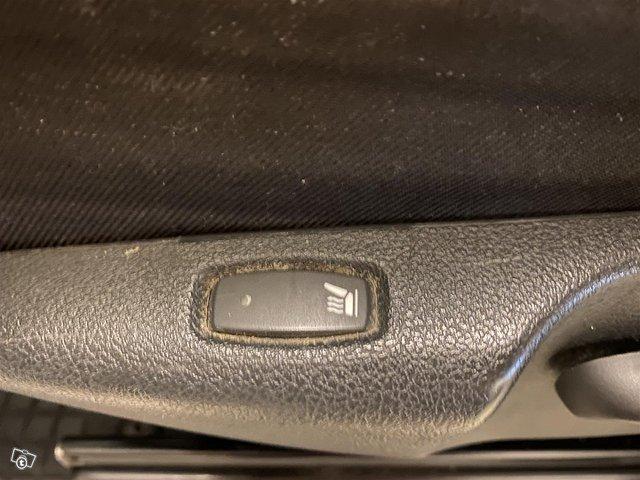 Opel Vivaro 16