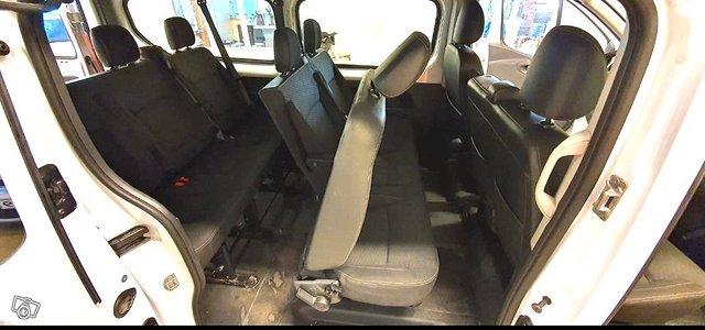 Opel Vivaro 19