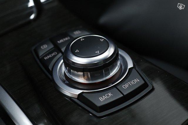 BMW 525 22