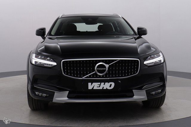 Volvo V90 CROSS COUNTRY 8