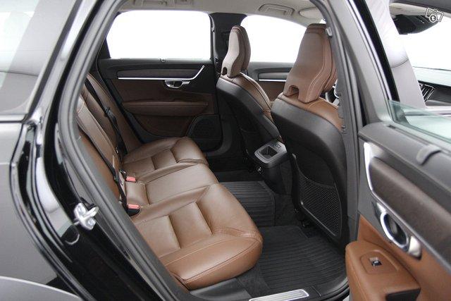 Volvo V90 CROSS COUNTRY 10