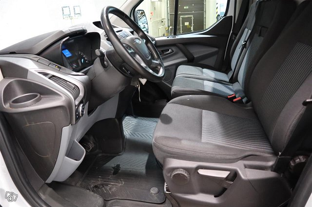 FORD Transit Custom 13