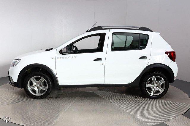 Dacia SANDERO 8