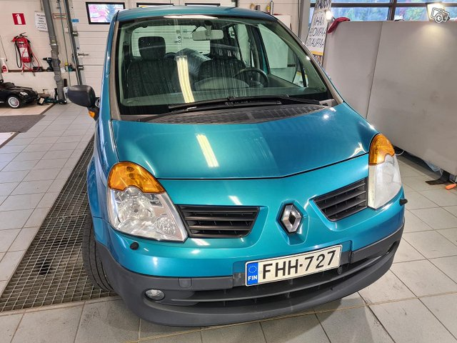 Renault Modus 10