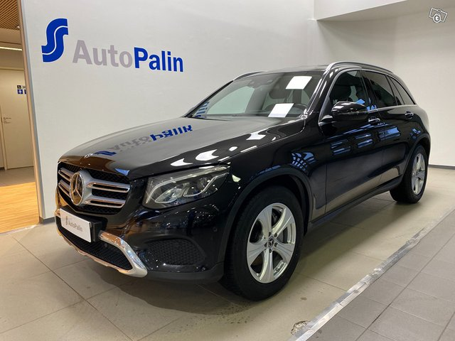 MERCEDES-BENZ GLC 1