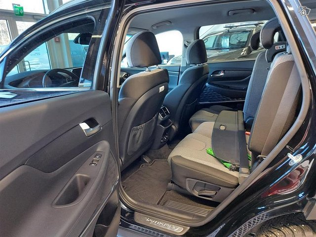 Hyundai Santa Fe 6
