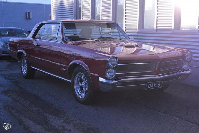 Pontiac GTO 1