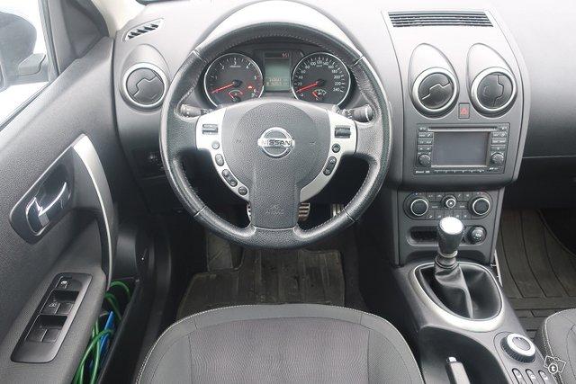 Nissan Qashqai+2 7