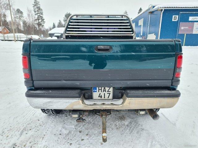 Dodge Ram 1500 8