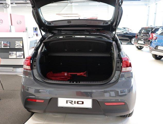Kia Rio 7