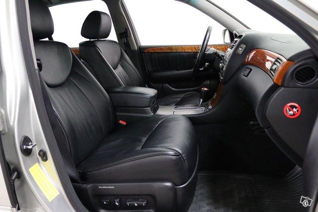 Lexus LS 7