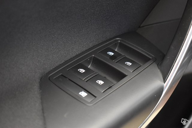 Opel Insignia 25