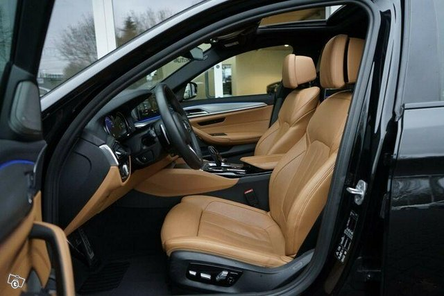 BMW M550d 11