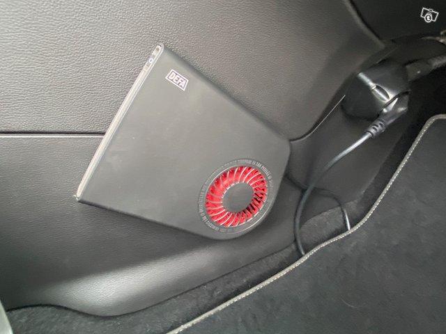 Opel Astra GTC 11