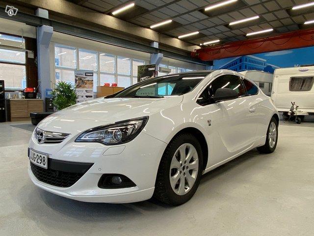 Opel Astra GTC 12