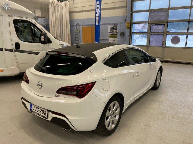 Opel Astra GTC 16