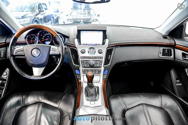 Cadillac CTS 12