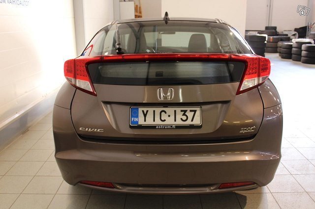 HONDA Civic 5