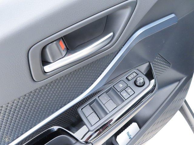 Toyota C-HR 16
