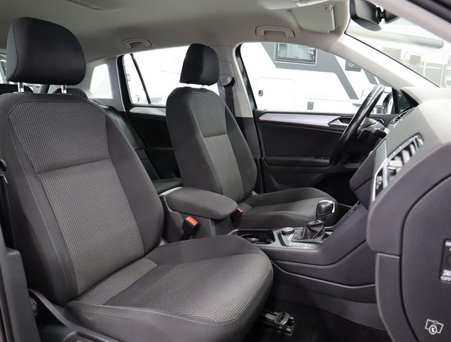Volkswagen Tiguan 12