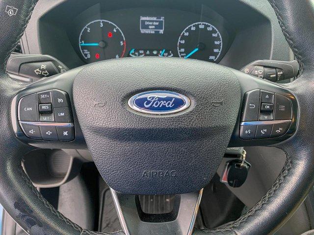 Ford Transit Custom 9