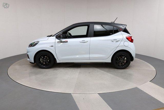 Hyundai 8