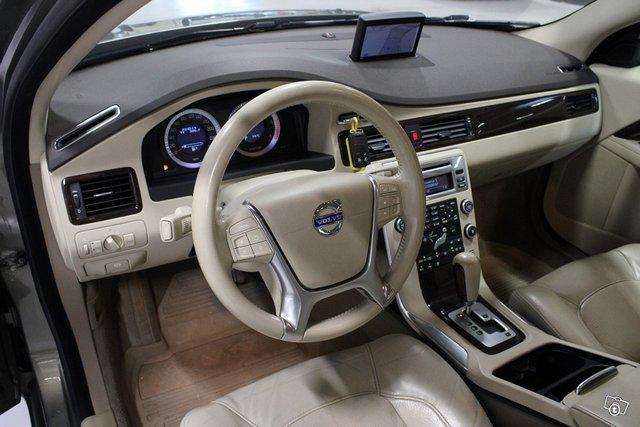 Volvo S80 8