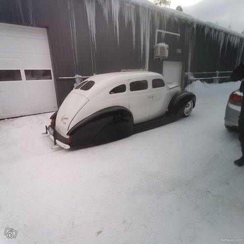 Ford Custom 5