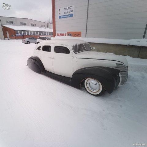 Ford Custom 6