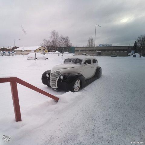 Ford Custom 12