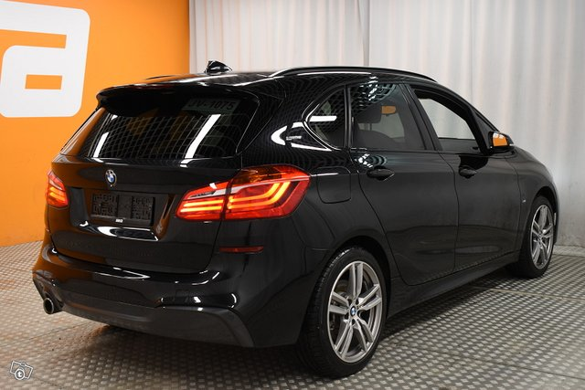 BMW 225 5