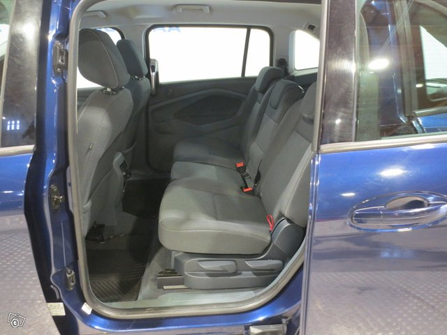 Ford C-MAX Grand 10