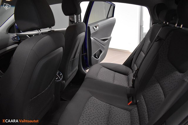 Hyundai IONIQ Plug-in 24