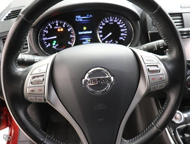 Nissan Pulsar 7