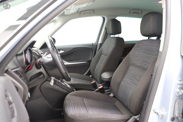 Opel Zafira Tourer 5