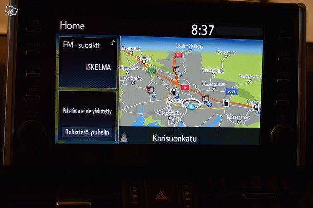 Toyota RAV4 Plug-in 14