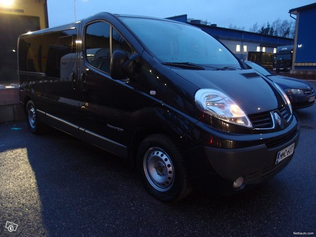 Renault Trafic 19