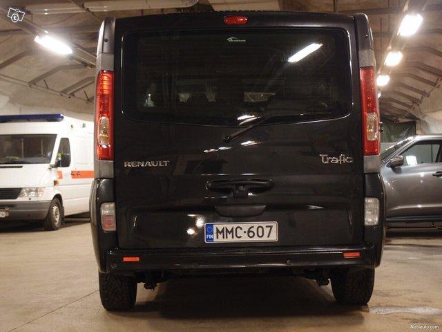 Renault Trafic 25